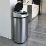 12 Best Kitchen Garbage Cans, Trash Can Reviewers Guide