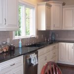 Should kitchen faucet match cabinet hardware